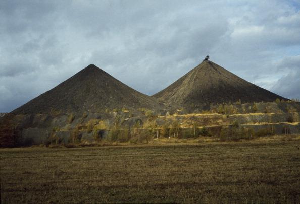 Tom Stoddart Archive「Uranium Waste Tip」:写真・画像(18)[壁紙.com]