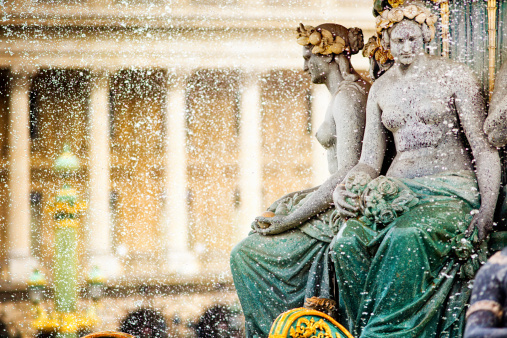 Spraying「Paris Place de la Concorde Fountain detail」:スマホ壁紙(19)