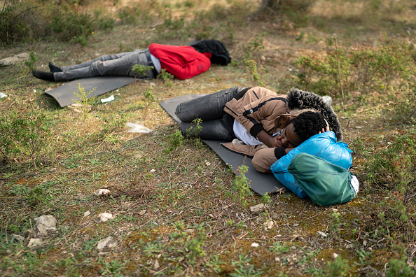 Resourceful「Overcrowding Continues At The Moria Refugee Camp」:写真・画像(12)[壁紙.com]