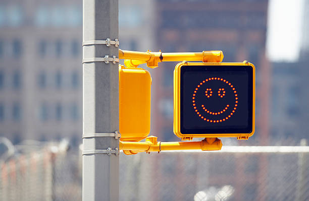 Traffic sign with smiley face:スマホ壁紙(壁紙.com)
