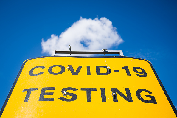 Direction「Covid-19 Testing Centre At Kent Airport」:写真・画像(15)[壁紙.com]