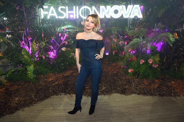 Sweetheart Neckline「Fashion Nova Presents: Party With Cardi - Inside」:写真・画像(1)[壁紙.com]