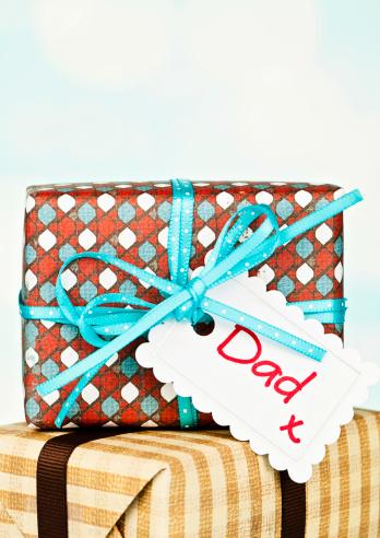 父親「ギフトのパパ」:スマホ壁紙(6)
