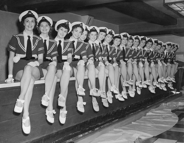 Fred Morley「Tiller Girls」:写真・画像(16)[壁紙.com]