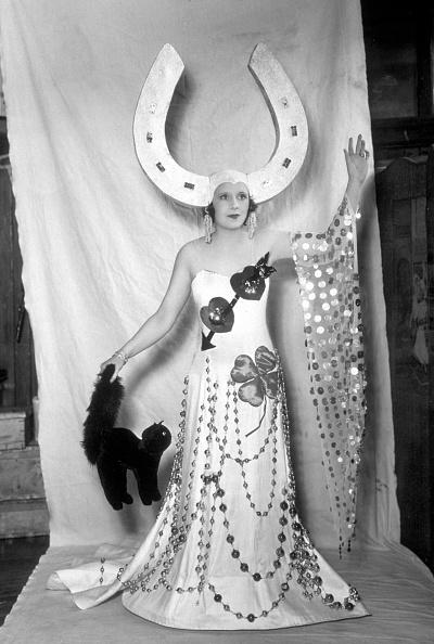 Theatre Royal Haymarket「Lucky Barbara」:写真・画像(6)[壁紙.com]