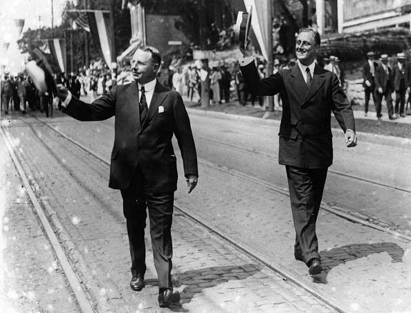 Franklin Roosevelt「Candidates' Wave」:写真・画像(1)[壁紙.com]