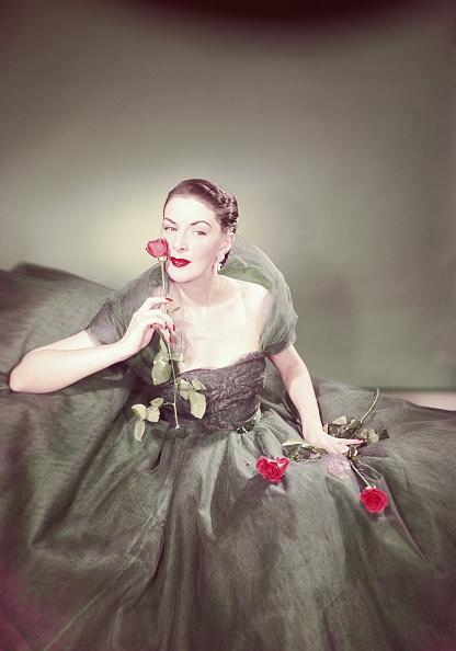 Colors「La Dame Aux Roses」:写真・画像(13)[壁紙.com]