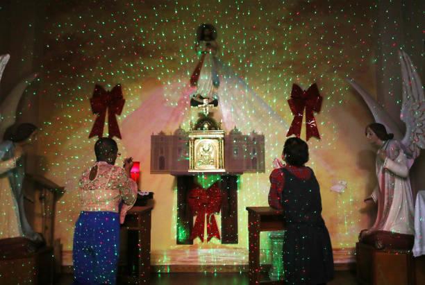 Religious Mass「Puerto Rico Marks Holiday Season Amidst Slow Hurricane Recovery」:写真・画像(11)[壁紙.com]
