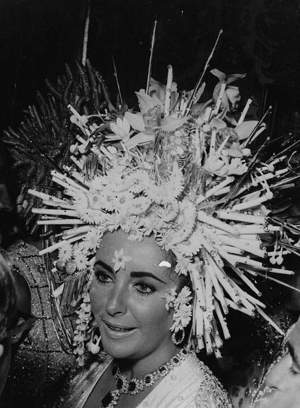 Headdress「Elizabeth Taylor」:写真・画像(6)[壁紙.com]
