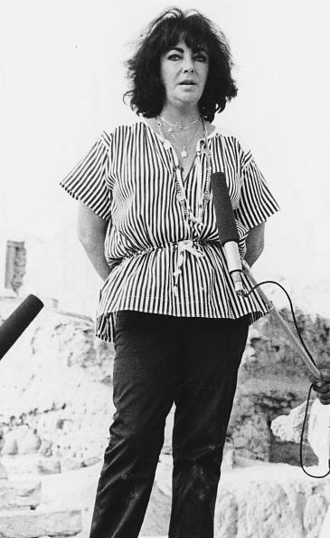 Shirt「Elizabeth Taylor」:写真・画像(11)[壁紙.com]