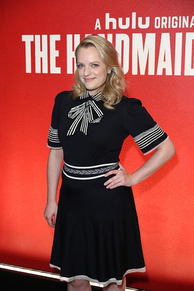 カメラ目線「FYC Event For Hulu's 'The Handmaid's Tale' - Arrivals」:写真・画像(7)[壁紙.com]
