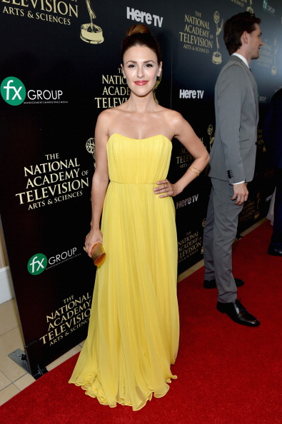 Yellow「The 41st Annual Daytime Emmy Awards - Red Carpet」:写真・画像(1)[壁紙.com]
