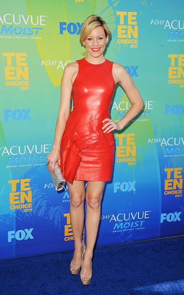 Asymmetric Dress「2011 Teen Choice Awards - Arrivals」:写真・画像(15)[壁紙.com]