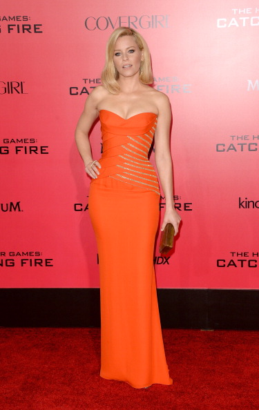 """Metallic「Premiere Of Lionsgate's """"The Hunger Games: Catching Fire"""" - Arrivals」:写真・画像(15)[壁紙.com]"""