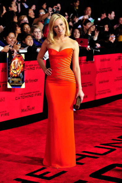 """Metallic「Premiere Of Lionsgate's """"The Hunger Games: Catching Fire"""" - Arrivals」:写真・画像(7)[壁紙.com]"""