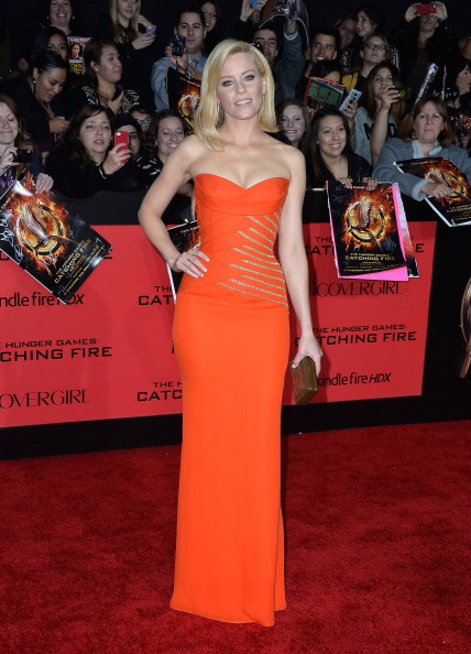 """Metallic「Premiere Of Lionsgate's """"The Hunger Games: Catching Fire"""" - Arrivals」:写真・画像(13)[壁紙.com]"""