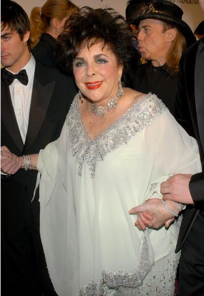 上半身「13th Annual Elton John Aids Foundation Academy Awards Viewing Party - Arrivals」:写真・画像(17)[壁紙.com]