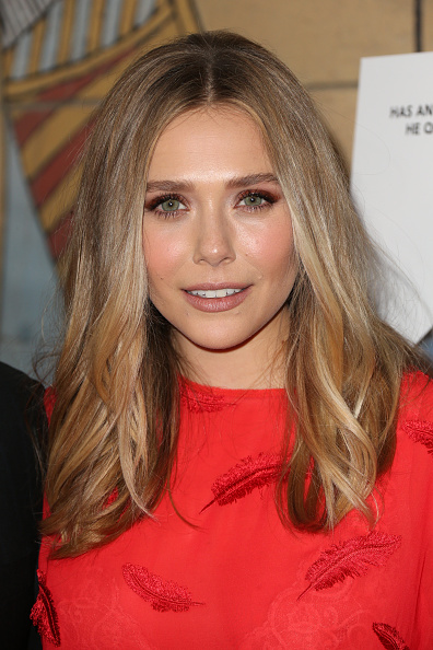 "Elizabeth Olsen「Premiere Of Sony Pictures Classics' ""I Saw The Light"" - Arrivals」:写真・画像(18)[壁紙.com]"