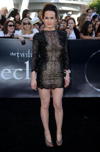 "Elizabeth Reaser「Premiere Of Summit Entertainment's ""The Twilight Saga: Eclipse"" - Arrivals」:写真・画像(19)[壁紙.com]"