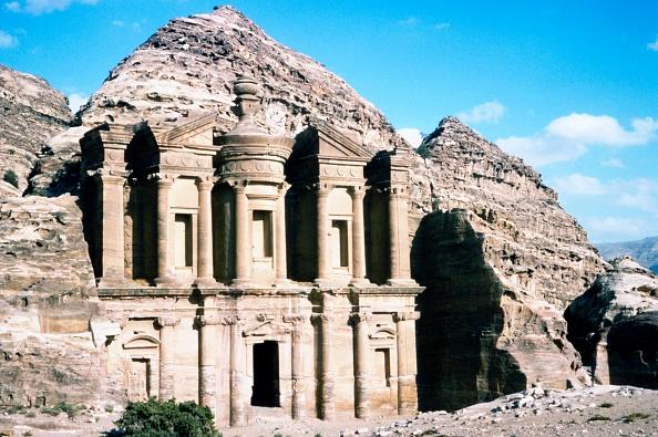 UNESCO World Heritage Site「Ad Deir Monastery At Petra」:写真・画像(9)[壁紙.com]