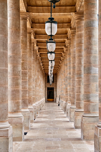 Colonnade「Le Palais Royal, Paris」:スマホ壁紙(11)