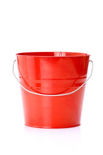 Bucket「Red metal bucket with aluminum」:スマホ壁紙(4)