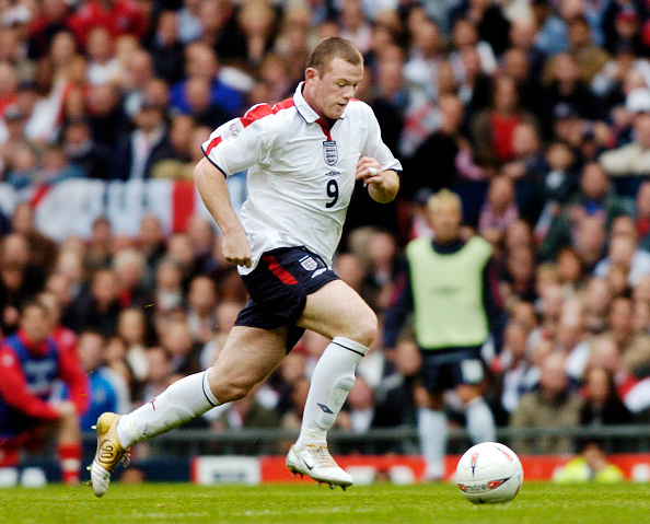 International Team Soccer「England v Wales at Old Trafford FIFA World Cup Europe qualifier 2004」:写真・画像(10)[壁紙.com]