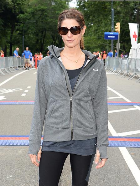 アシュリー グリーン「Ashley Greene At Oakley New York Mini 10K」:写真・画像(18)[壁紙.com]