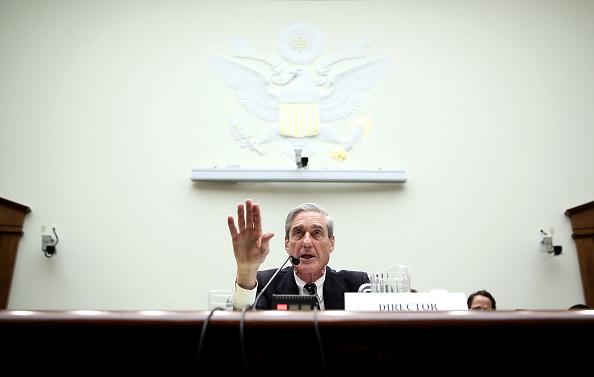 Alex Wong「FBI Director Mueller Testifies Before Senate Judiciary Committee」:写真・画像(9)[壁紙.com]