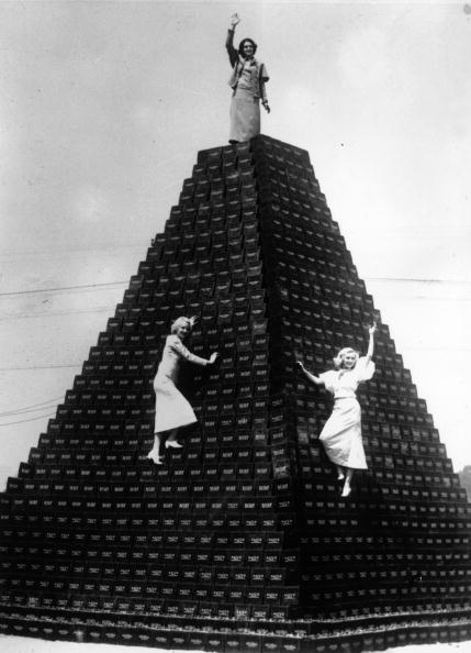 Awe「Power Pyramid」:写真・画像(19)[壁紙.com]