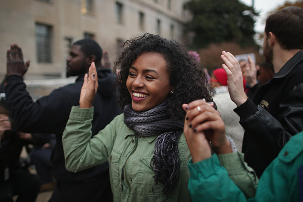 Decisions「Protest Continue Across Country In Wake Of NY Grand Jury Verdict In Chokehold Death Case」:写真・画像(4)[壁紙.com]