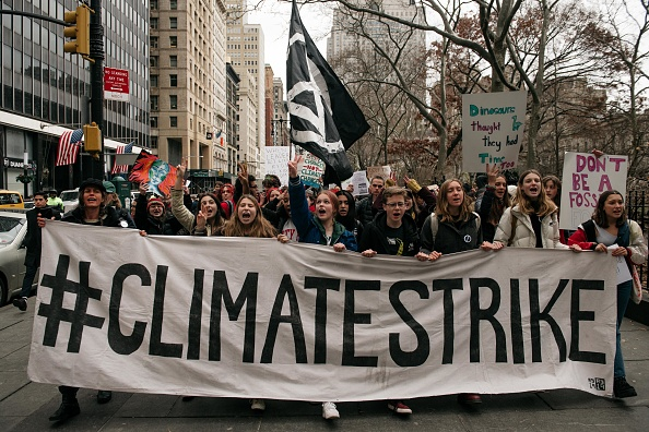 Social Movement「Nationwide Youth Climate Strike Held As United Nations Holds Climate Conference」:写真・画像(6)[壁紙.com]