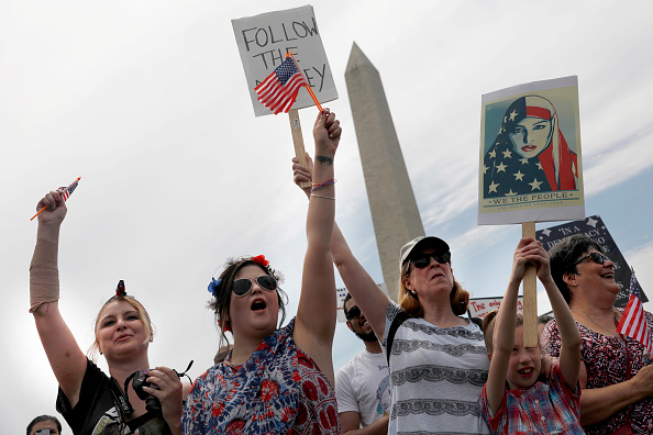 "Aaron P「Anti-Trump ""March for Truth"" Protestors Rally Across The U.S.」:写真・画像(6)[壁紙.com]"