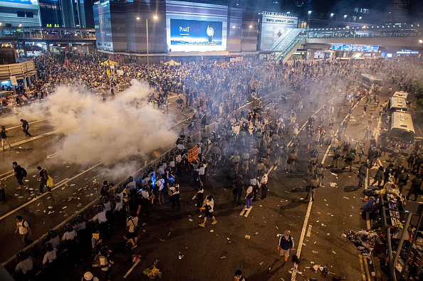 Occupy Central「Pro Democracy Supporters Attempt To Bring Hong Kong To A Stand Still With Mass Rally」:写真・画像(9)[壁紙.com]