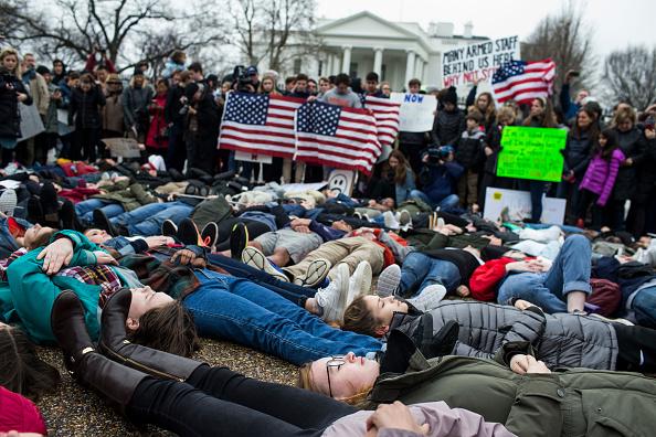 Protestor「Teens For Gun Reform Hold Protest At The White House」:写真・画像(18)[壁紙.com]