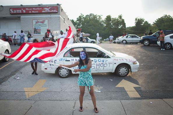 Ferguson - Missouri「Ferguson, Missouri Marks One-Year Anniversary Of The Death Of Michael Brown」:写真・画像(16)[壁紙.com]