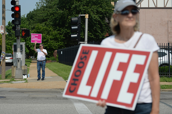 Missouri「Missouri's Only Abortion Clinic Could Close Tonight, State Refusing To Renew Its License」:写真・画像(13)[壁紙.com]