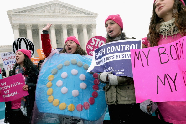 Hobby Lobby「Supreme Court Hears Arguments In Case Challenging Affordable Care Act」:写真・画像(6)[壁紙.com]