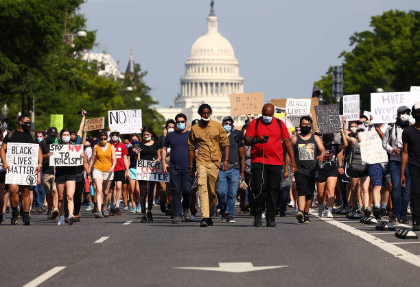Protesters Demonstrate In D.C. Against Death Of George Floyd By Police Officer In Minneapolis:ニュース(壁紙.com)