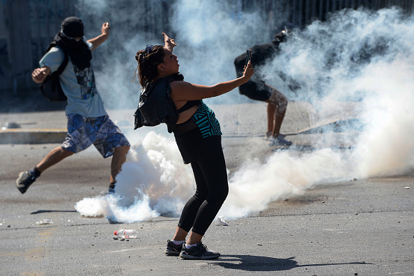Santiago Metropolitan Region「International Women's Day Demonstrations In Santiago」:写真・画像(19)[壁紙.com]