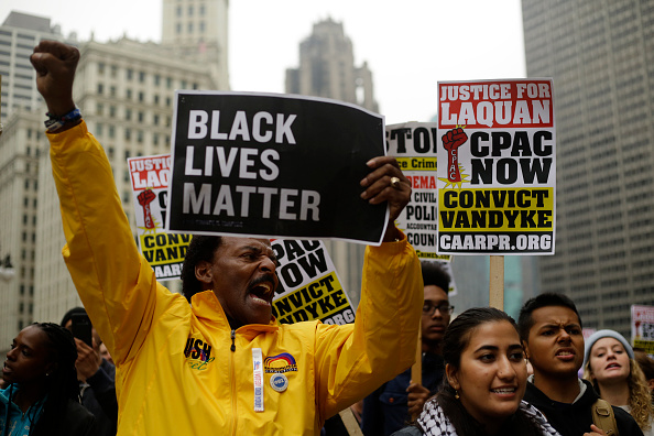 Black Lives Matter「Chicago Police Officer Jason Van Dyke Guilty Of Second Degree Murder In Shooting Of Laquan McDonald」:写真・画像(9)[壁紙.com]