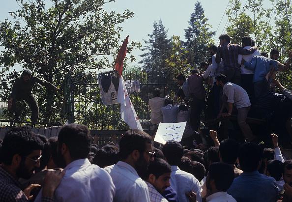 Kaveh Kazemi「Saudi Attack」:写真・画像(13)[壁紙.com]