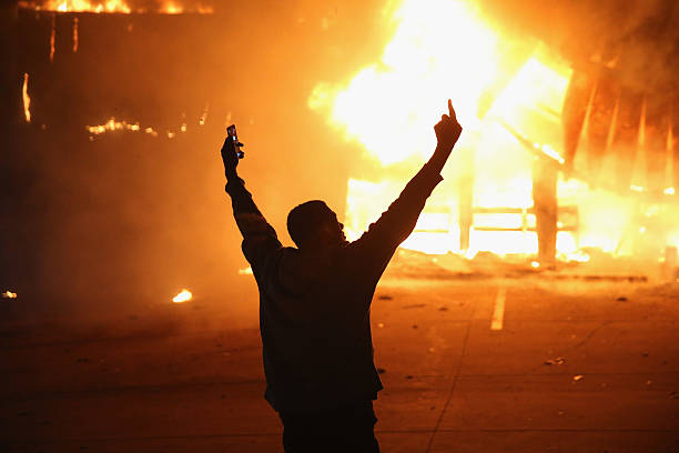 Grand Jury Decision Reached In Ferguson Shooting Case:ニュース(壁紙.com)