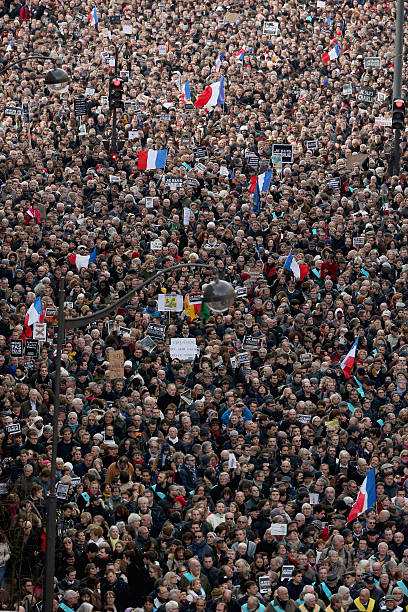 Mass Unity Rally Held In Paris Following Recent Terrorist Attacks:ニュース(壁紙.com)