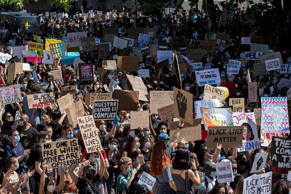 Madrid「Black Lives Matter Movement Inspires Demonstrations In Spain」:写真・画像(17)[壁紙.com]