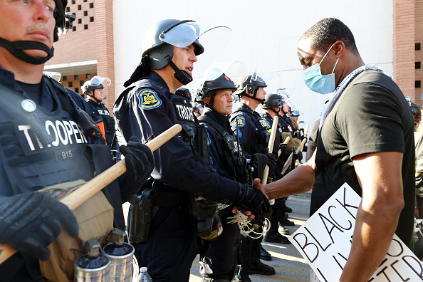 Bestpix「Protests Erupt Around The Country After Police Custody Death Of George Floyd In Minneapolis」:写真・画像(3)[壁紙.com]