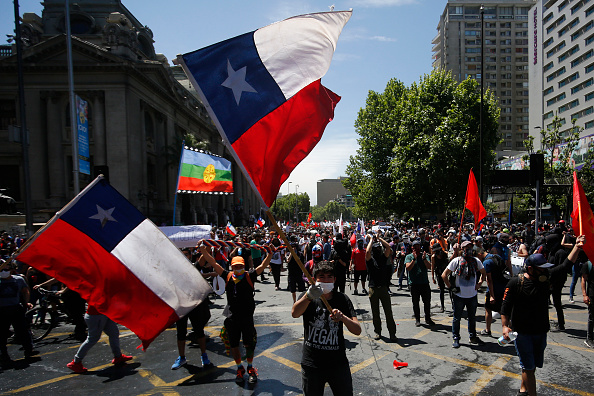 Chile「National Strike And Protests Against President Piñera」:写真・画像(13)[壁紙.com]