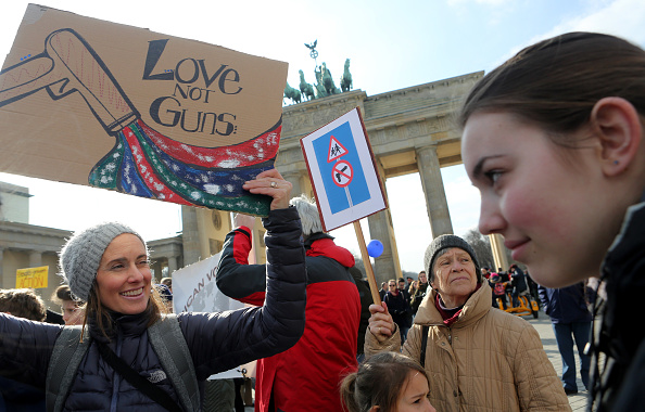 "Adam Berry「""March For Our Lives"" Rally In Berlin」:写真・画像(14)[壁紙.com]"