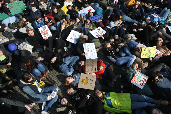 "Gun Violence Protest「""March For Our Lives"" Rally In Berlin」:写真・画像(9)[壁紙.com]"