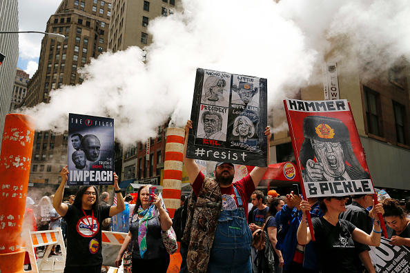 "Eduardo Munoz Alvarez「Anti-Trump ""March for Truth"" Protestors Rally Across The U.S.」:写真・画像(15)[壁紙.com]"